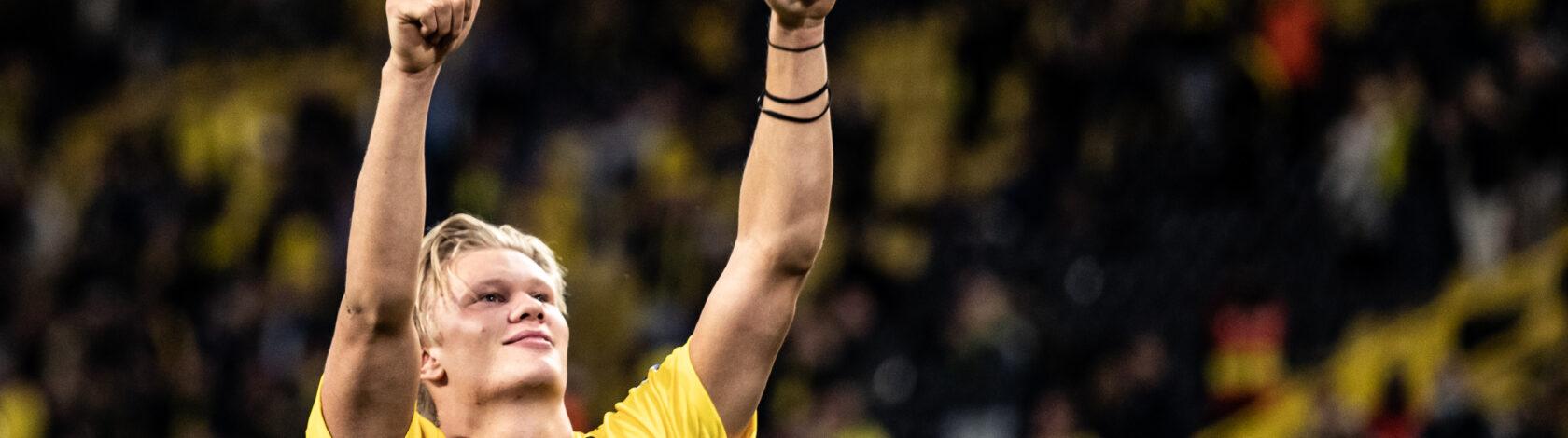 Borussia Dortmund v Borussia Mönchengladbach – Bundesliga for DFL